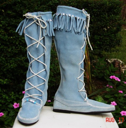 MINNETONKA CUSTOM DECORATED TRIBAL LOOK BOOTS JUST FOR YOU AT ...